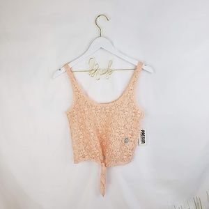 ♦️2/$20 Black Poppy Peach Lace Crop Top Size XS
